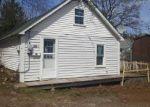 Foreclosed Home en 1/2 N 6TH ST, Bangor, PA - 18013