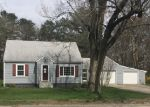 Foreclosed Home en MONEY HILL RD, Chepachet, RI - 02814
