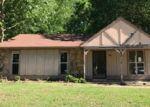 Foreclosed Home en RAINFORD DR, Memphis, TN - 38128