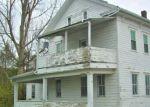 Foreclosed Home en CENTER AVE, Beaver Springs, PA - 17812