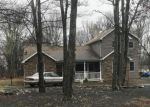Foreclosed Home en GINGER LN, East Stroudsburg, PA - 18301