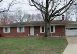 Foreclosed Home en BITTERSWEET LN, Belleville, IL - 62221