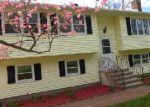 Foreclosed Home en BEMIS ST, Terryville, CT - 06786