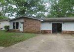 Foreclosed Home in KENWOOD ST, Jonesboro, AR - 72401