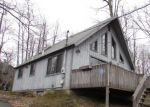 Foreclosed Home en FAIRWAY LN, Gouldsboro, PA - 18424
