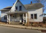Foreclosed Home en HILL ST, Jewett City, CT - 06351