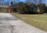 Foreclosed Home en TWEED RD, Fox Lake, IL - 60020