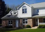 Foreclosed Home en E MONTICELLO WAY, Crystal Lake, IL - 60014