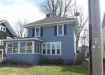 Foreclosed Home en BOWERS AVE, Watertown, NY - 13601