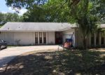 Foreclosed Home en COUNTRY AIRE LN, Tampa, FL - 33624