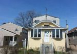 Foreclosed Home en PARMA RD, Island Park, NY - 11558