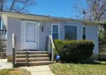 Foreclosed Home in OAKLEY AVE, Massapequa, NY - 11758