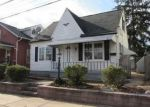 Foreclosed Home en N SPRUCE ST, Elizabethtown, PA - 17022