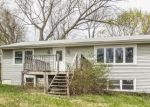 Foreclosed Home en BAYVIEW TER, New Fairfield, CT - 06812
