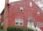 Foreclosed Home en STILES RD, Woodbury, CT - 06798