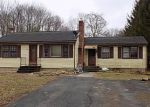Foreclosed Home en HIGHLAND STREET EXT, Moosup, CT - 06354
