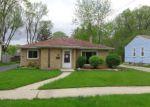 Foreclosed Home en N 12TH ST, Dekalb, IL - 60115