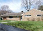 Foreclosed Home en KUERBITZ DR, Lansing, MI - 48906