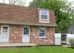 Foreclosed Home en GARDEN AVE, Horsham, PA - 19044