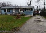Foreclosed Home en N WILSON AVE, Waukegan, IL - 60087