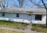 Foreclosed Home en S HICKORY ST, Pesotum, IL - 61863