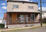 Foreclosed Home en S MARKET ST, Nanticoke, PA - 18634