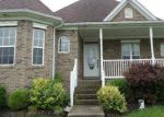 Foreclosed Home en DR WILLIAM G WEATHERS DR, Louisville, KY - 40211