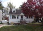 Foreclosed Home en ELMORE AVE, Trenton, NJ - 08619