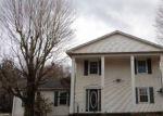 Foreclosed Home en MAIN ST, Gouldsboro, PA - 18424