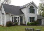 Foreclosed Home en SPICEBUSH DR, East Stroudsburg, PA - 18301