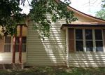 Foreclosed Home en W TENNESSEE ST, Floydada, TX - 79235