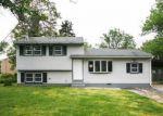 Foreclosed Home en E CORNELL ST, Vineland, NJ - 08360