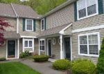 Foreclosed Home en SUMMERHILL RD, Wallingford, CT - 06492
