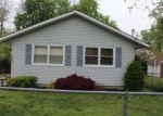 Foreclosed Home en E PEAR ST, Vineland, NJ - 08360