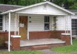 Foreclosed Home en RIVER DR, La Follette, TN - 37766