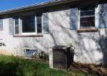 Foreclosed Home en HULMEVILLE RD, Bensalem, PA - 19020