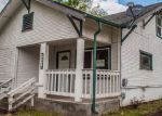 Foreclosed Home en NE COMMERCIAL AVE, Roseburg, OR - 97470