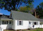 Foreclosed Home en LYONDALE RD, Newington, CT - 06111