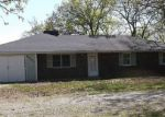 Foreclosed Home en HERITAGE HWY, Jefferson City, MO - 65109