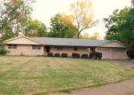 Foreclosed Home en W FREEMAN ST, Carbondale, IL - 62901