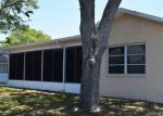 Foreclosed Home en SANDPOINTE DR, New Port Richey, FL - 34655