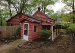 Foreclosed Home en MACOPIN RD, Bloomingdale, NJ - 07403
