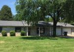 Foreclosed Home en HILLVIEW DR, Paragould, AR - 72450