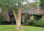 Foreclosed Home en PORTAL DR, Houston, TX - 77071