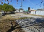 Foreclosed Home en ASHER AVE, Taft, CA - 93268