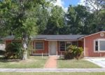 Foreclosed Home en CENTAURI RD, Jacksonville, FL - 32210