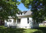 Foreclosed Home en N MAIN AVE, Minier, IL - 61759