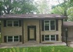 Foreclosed Home en SPRUCE DR, Henderson, KY - 42420