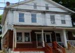 Foreclosed Home en CAIN AVE, Trenton, NJ - 08638