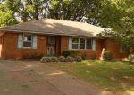 Foreclosed Home en CHUCK AVE, Memphis, TN - 38118